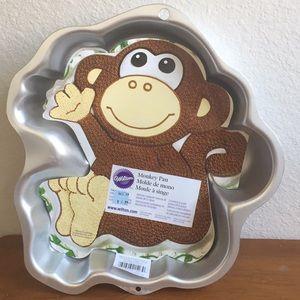 NWT Wilton Monkey Cake Pan